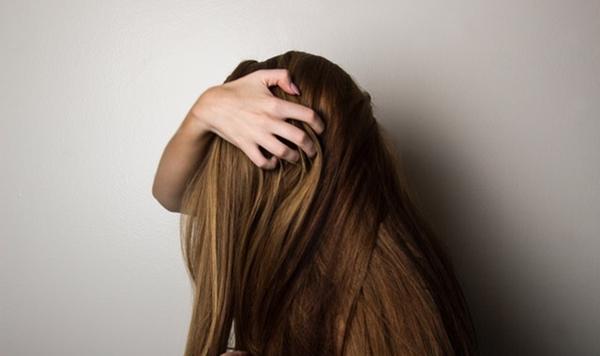 髪が抜ける7大原因